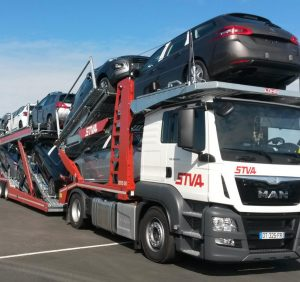 Why Should You Choose an Auto Transport Company?